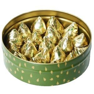 Tin with 18 figs